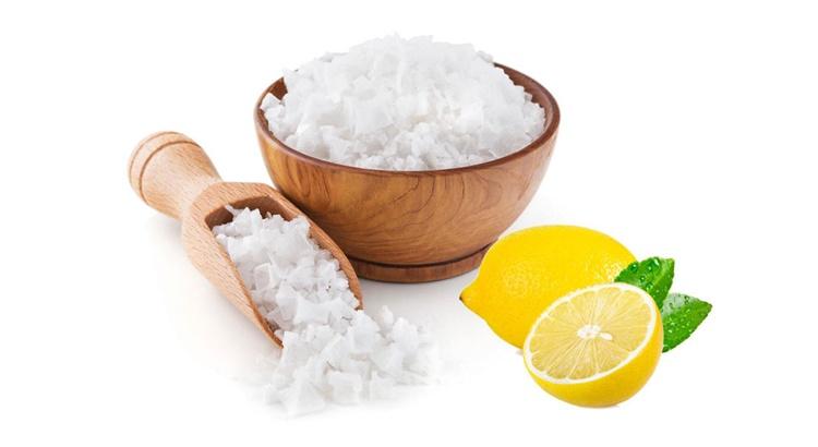 Заговор на соль под порог